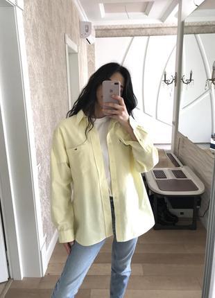 Офигенная рубашка оверсайз лимонного цвета от lacoste оригинал!3 фото