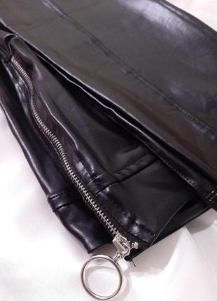 Boohoo кожаные леггинсы m-l брюки кожа прямые в обтяжку укороченные узкачи тренд6 фото