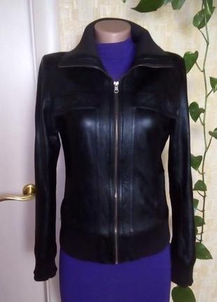 Кожаная куртка бомбер/куртка/пуховик/косуха/бомбер/пиджак/кофта/кардиган/жакет