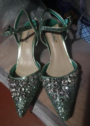 Туфли,  босоножки  miu miu италия оригинал