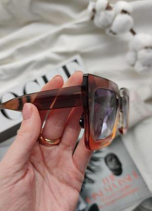 Очки окуляри солнцезащитные солнце тренд стиль 60-х крупные большие яркие цветные новые4 фото