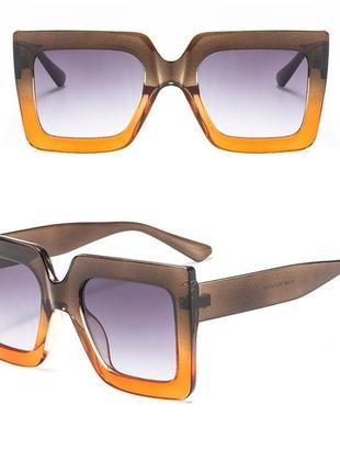 Очки окуляри солнцезащитные солнце тренд стиль 60-х крупные большие яркие цветные новые
