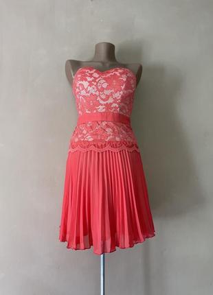 Коктейльное яркое коралловый цвет   платье юбка плиссе плиссировка гюрзой