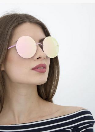 Модные, женские, солнцезащитные очки.