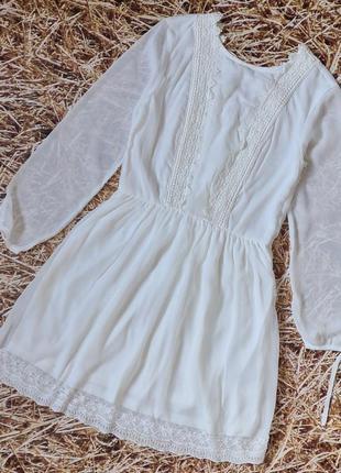 Новое шифоновое платье h&m с красивой спинкой.