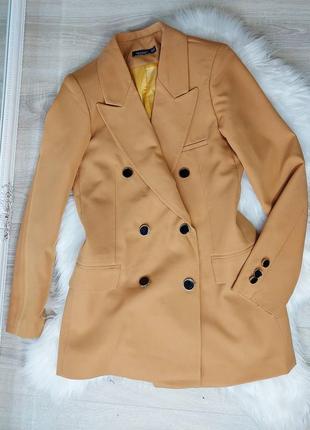 Крутой пиджак блейзер на подкладе с подплечниками