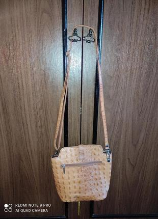 Рыжая сумочка из натуральнойкожи, италия2 фото