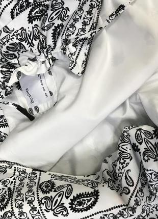 Укорочена куртка bershka промо акція -40%7 фото