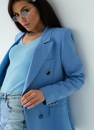 Голубий піджак прямого крою4 фото