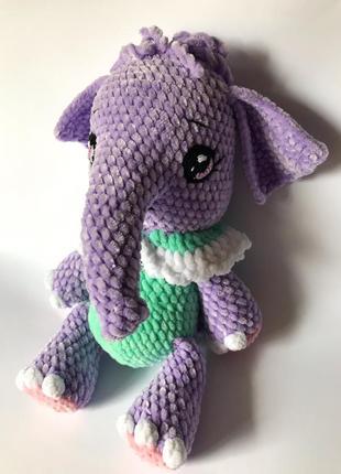Фіолетовий слоник