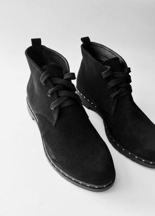 Замшевые ботинки. натуральный замш.