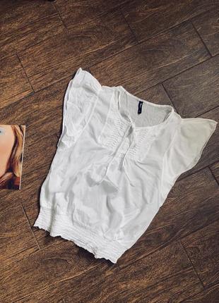Легкая белая хлопковая блуза