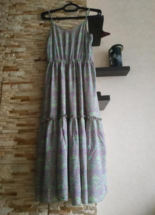 Платье свободного кроя на брителях сарафан