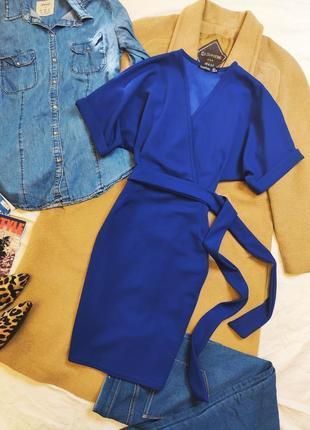 Boohoo платье летучая мышь синее с поясом по фигуре карандаш футляр классическое