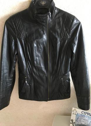 Куртка кожаная s