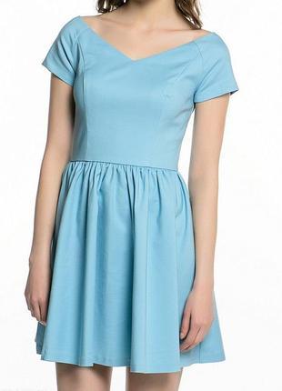Очень красивое платье с открытыми плечами baby doll
