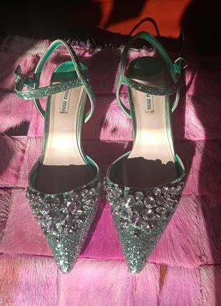Туфли,  босоножки miu miu италия 37 размер