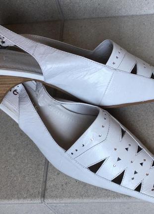 Кожаные белые босоножки натуральная кожа1 фото