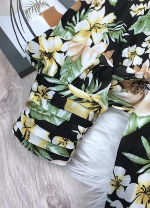Плісерована сукня максі в квітковий принт5 фото
