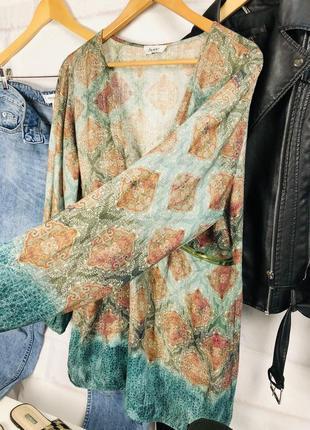 Блуза - рубашка оверсайз с глубоким v-образным вырезом6 фото