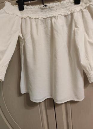 Натуральная блуза с открытым и плечами р.48/uk 12