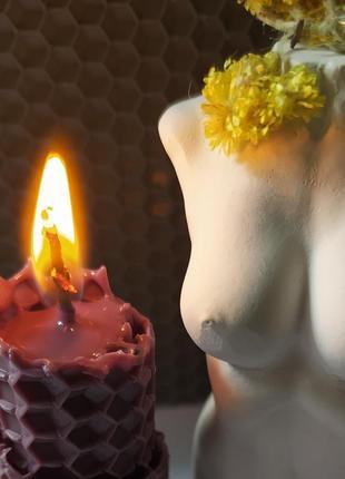 Свеча из вощины4 фото