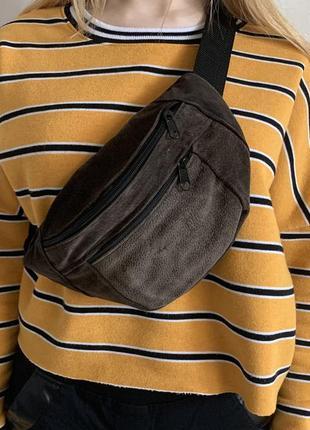 Бананка из натуральной замши хаки вместительная сумка + подарок сумка на пояс б10