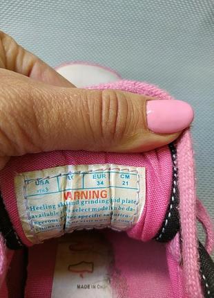Роликовые кроссовки4 фото