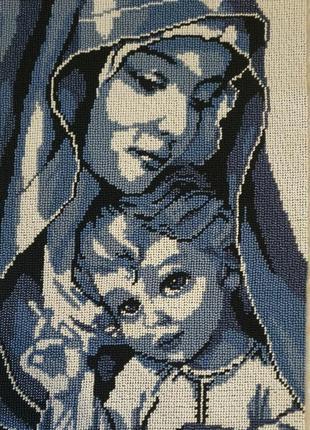 Мадонна с ребенком, чешский бисер (36 на 25см.)