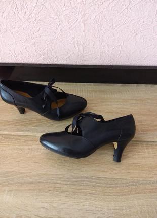 Туфли clarks -натуральная кожа4 фото