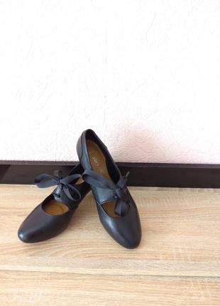 Туфли clarks -натуральная кожа1 фото