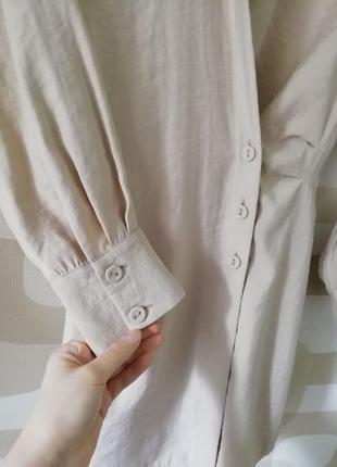 Вечернее коктейльное короткое мини бежевое платье рубашка ассиметричное с длинным рукавом9 фото