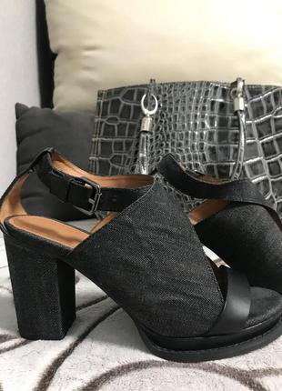 Стильные туфли босоножки джинсовые