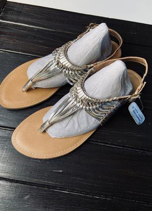 Новые кожаные сандали new look из розового золота, 43 размер