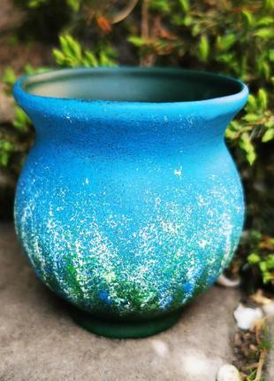 Миленькая вещица-маленькая вазочка. керамика, ручная работа.