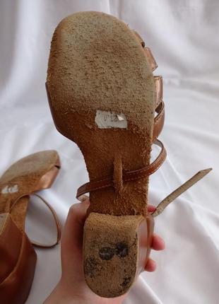 Туфли для бальных танцев для девочек коричневые кожаные4 фото