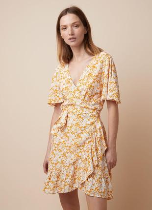 Стильное яркое платье на запахе вискоза