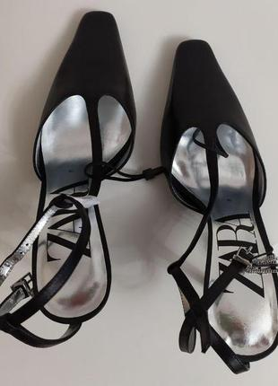Кожаные туфли на каблуке zara6 фото
