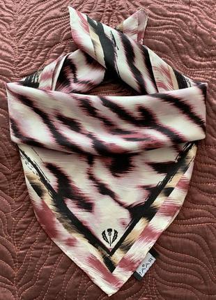 Симпатичный шёлковый платок немецкого бренда fraas