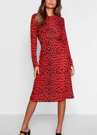 Красиве яркое красное платье в лепардовый принт😽7 фото