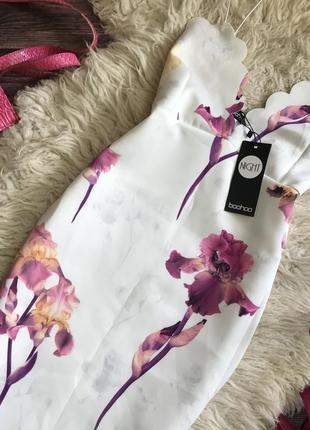 Шикарное платье в цветы ирисы boohoo night вечернее неопрен3 фото