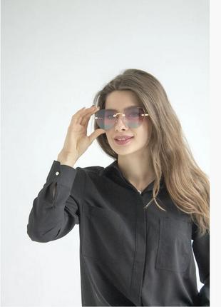 Модные солнцезащитные очки 2021 цвет: градиент розовый