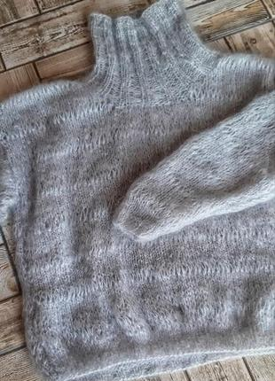 Красивый шерстяной свитер ручной работы2 фото