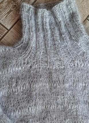 Красивый шерстяной свитер ручной работы3 фото