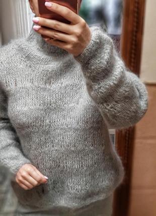 Красивый шерстяной свитер ручной работы6 фото
