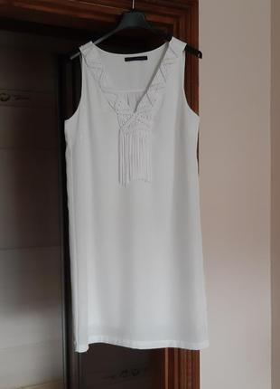 Белое короткое платье zara