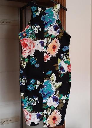 Красивое платье в цветочный принт2 фото