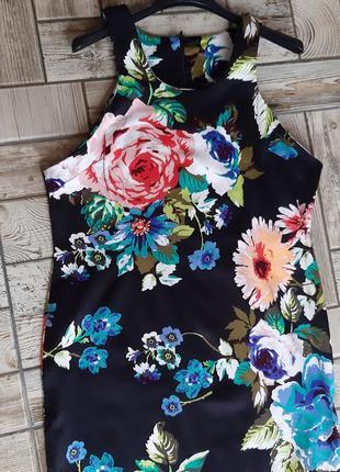 Красивое платье в цветочный принт5 фото