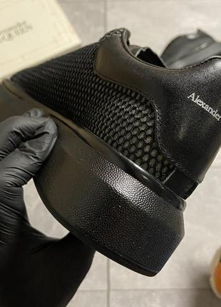 Женские кроссовки alexander mcqueen black grid7 фото