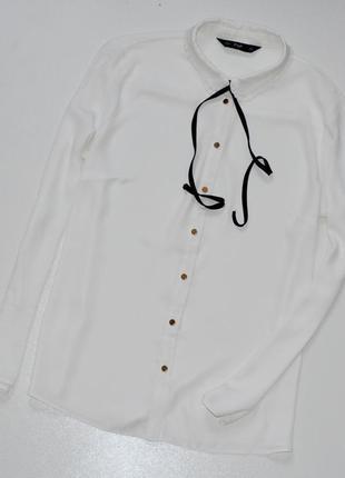 F&f красивая шифоновая блуза молочного цвета .л.12.40